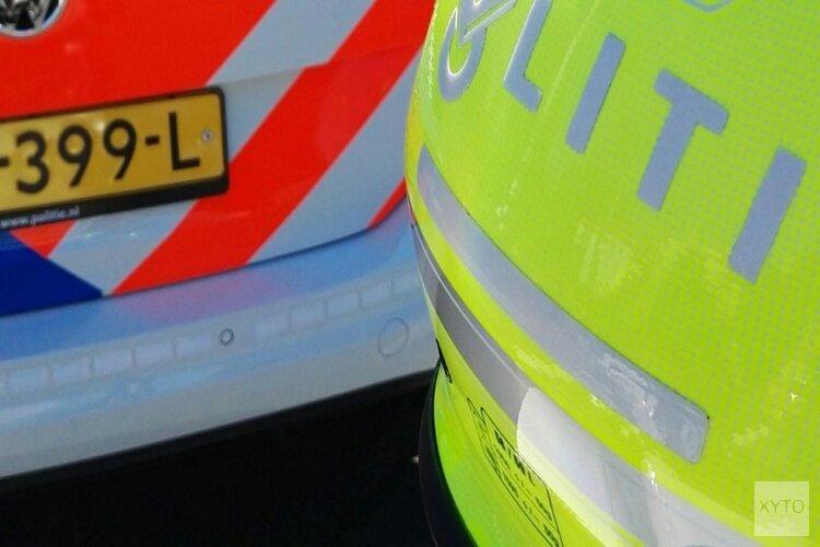 Ernstig ongeluk in Hilversum: auto komt ondersteboven op fietspad terecht