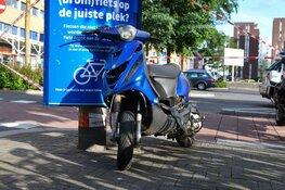 Bromfietser in aanrijding met auto in Hilversum