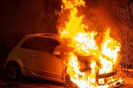 Opnieuw auto door brand verwoest in Hilversum