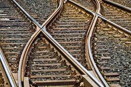 Veel minder treinen tussen Hilversum en Weesp door kapotte spoorbrug