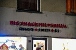 Politie zoekt twee mannen na gewapende overval op snackbar Hilversum