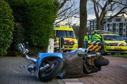 Brommer aangereden op fietspad in Hilversum