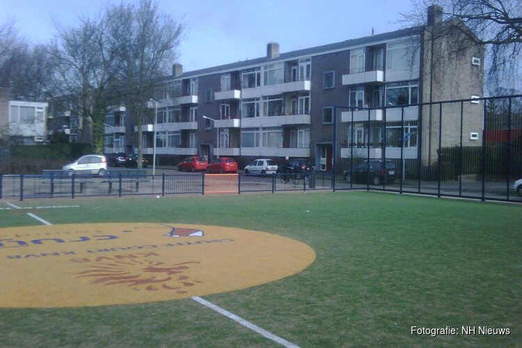 Hilversum worstelt met groepjes hangjongeren op trapveldjes