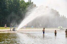Brandweer zorgt voor waterpret in 't Gooi